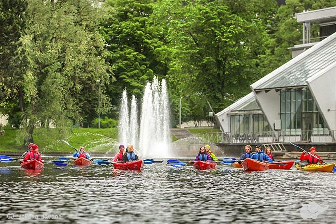 Brauciens ar kajaku pa Rīgas ūdeņiem
